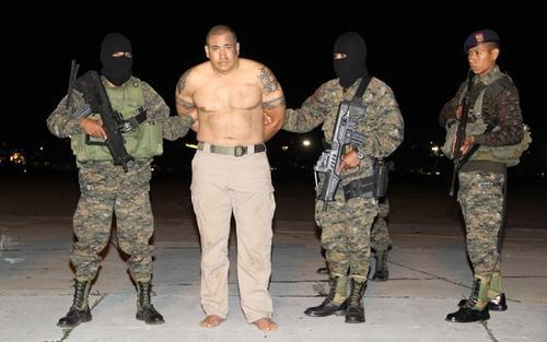 Jairo Orellana fue detenido en mayo de 2014 en Zacapa, junto a ocho personas, en un operativo realizado por elementos antinarcóticos de la Policía Nacional Civil y del Ejército de Guatemala. (Foto: AGN)