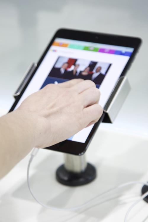 La plataforma se puede visualizar en tablets y smartphones. (Foto: Magui Medina/Soy502).