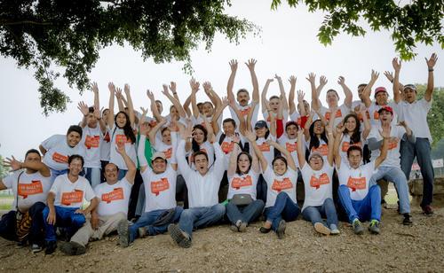 Colaboradores se unieron para hacer del Rally un día de mucha diversión y beneficio social. (Foto: Eddie Lara /  Soy502)