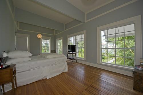 Este es el dormitorio principal de la mansión frente al mar en Palm Island en Miami. Foto: BusinessInsider