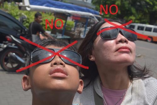 Los lentes de sol comunes no sirven para ver un eclipse.  (Foto: Cortesía Edgar Castro Bathen)