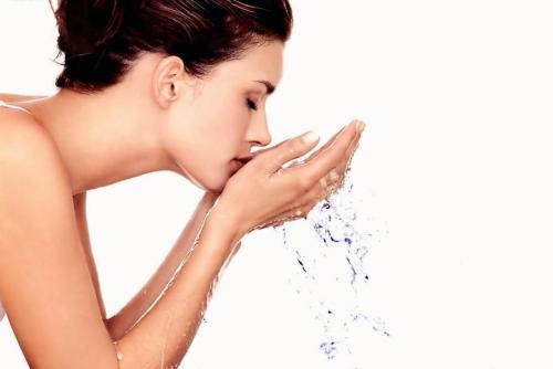 Limpiar tu rostro no te tomará mucho tiempo y te ayudará a mantenerlo fresco y saludable (Foto: avampatodiscoverymuseum)