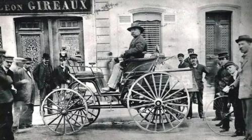 Este es un Roger Benz, uno de los primeros vehículos de la historia y el primero que mató a un peatón. (Foto: www.infobae.com)