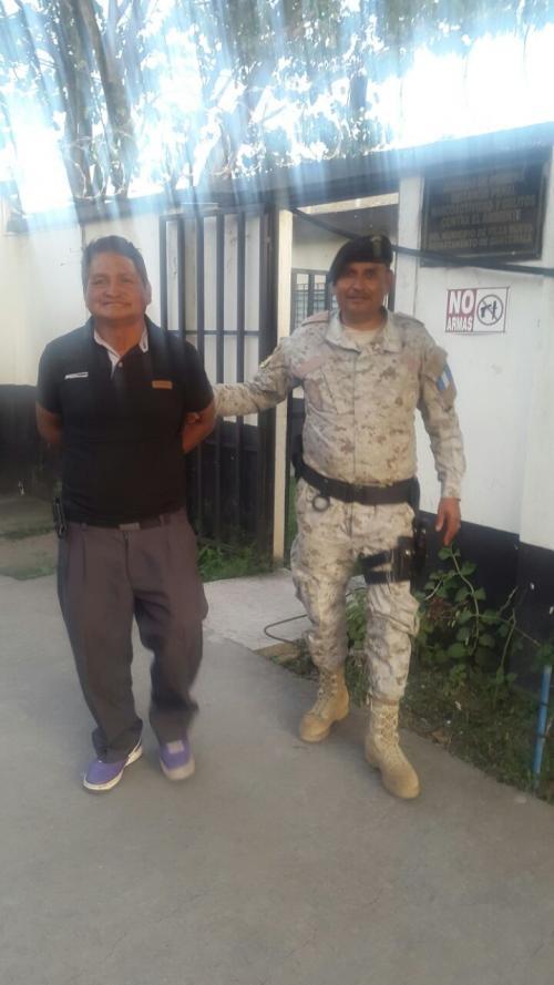 Juan Zapeta Osorio de 56 años fue capturado por contaminar el río Platanitos. (Foto: PNC)