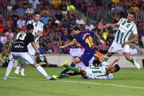 Así se le observó en varios momentos del partido. (Foto: AFP)