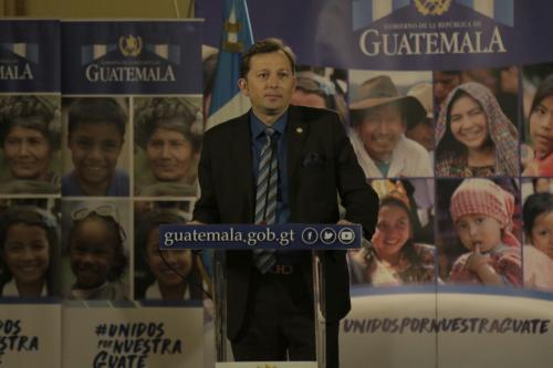 El Portavoz durante la conferencia posterior a la reunión de ministros. (Foto: Alejandro Balán/Soy502)