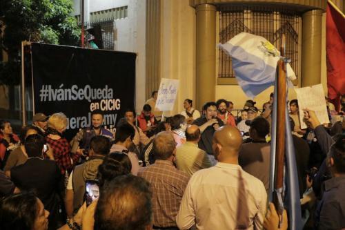 Este jueves se llevó a cabo un plantón frente a Casa Presidencial. (Foto: Alejandro Balán/Soy502)