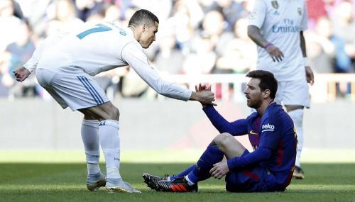 El noble gesto de la estrella de Portugal ha sido aplaudido en las redes sociales. (Foto: El Comercio)
