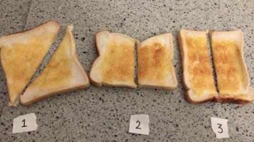 Estas son las tres opciones que el grupo ofreció para cortar el pan. (Foto: Munchies)