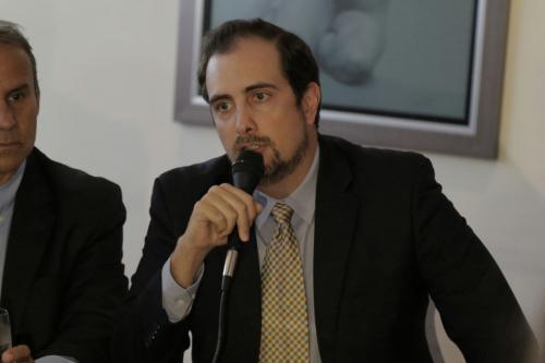 Andrés Dávila se pronunció en nombre de la empresa afectada. (Foto: Alejandro Balán/Soy502)