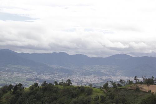 Desde el mirador de Piedra Fina se puede observar el valle de San Marcos y la costa sur de ese departamento. (Foto: Fredy Hernández/Soy502)