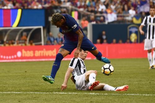 Neymar anotó dos golazos ante la Juventus en un partido amistoso disputado este sábado. (Foto AFP)