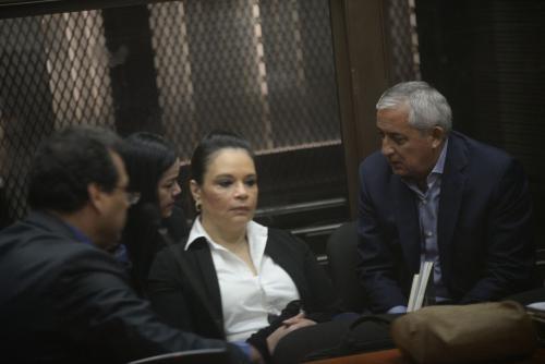 Otto Pérez Molina y la exvicepresidenta Roxana Baldetti aducen estar enfermos. (Foto: Wilder López/Soy502)