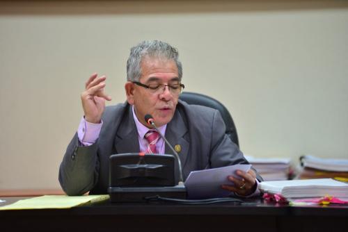 El juez Miguel Ángel Gálvez programará una audiencia para conocer la petición de Otto Pérez Molina que pedirá se le concedan medidas sustitutivas. (Foto: Jesús Alfonso/Soy502)