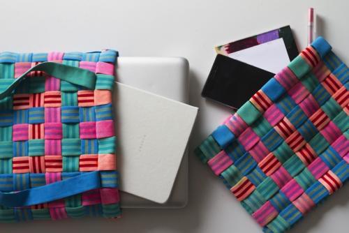 Estos bolsos son hechos de material reciclado. (Foto: societas)