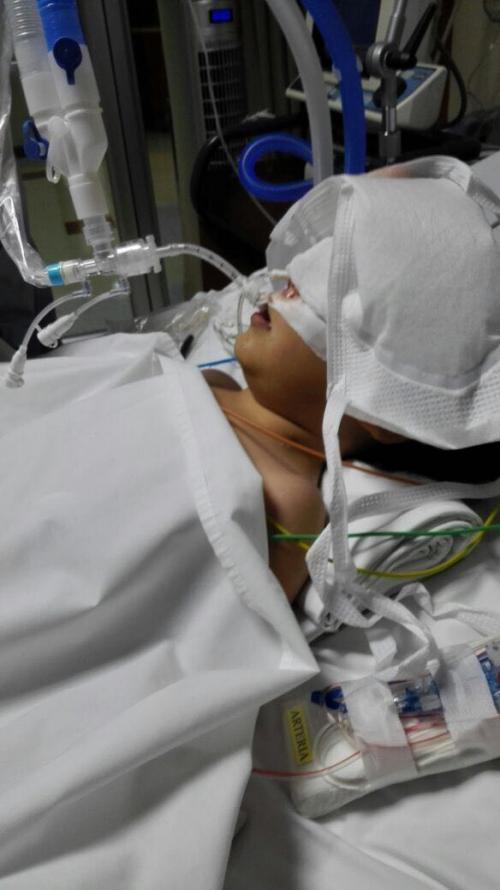 Valeria quedó condenada a una cama por una negligencia médica. (Foto: Soy502)
