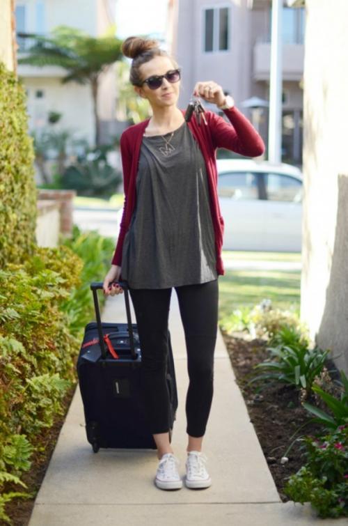 Los suéteres ajustados son perfectos para los leggins. (Foto: eslamoda.com)