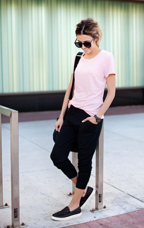 """Los pantalones """"bombachos"""", ceñidos en las piernas son las comodidad máxima. (Foto: eslamoda.com)"""