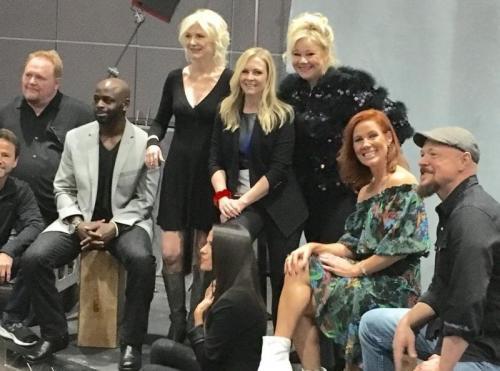 El elenco se alegróde estar junto de nuevo. (Foto: Instagram)