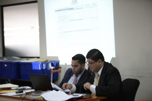 El fiscal Manuel Antonio Aldana Paiz solicitó ligar a proceso a los 16 imputados en el caso Caja de Pandora. (Foto: Wilder López/Soy502).