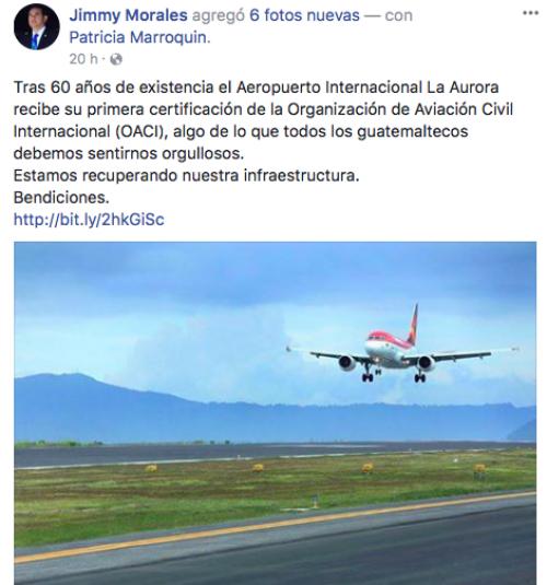 Así Jimmy Morales anunció el supuesto certificado internacional. (Foto: captura de pantalla)