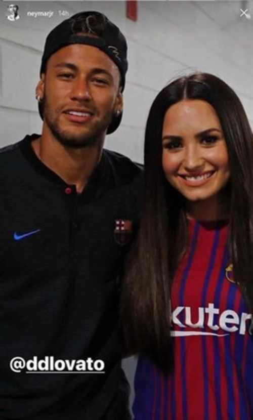 Neymar comparte una historia en su cuenta de Instagram junto a Demi Lovato. (Foto: captura de pantalla)