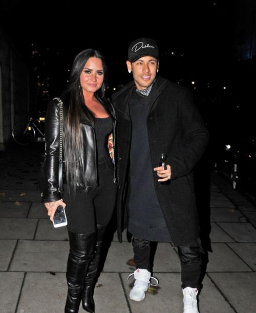 Los famosos estaban en Embassador Casino en Londres. (Foto: Backgrid Media)