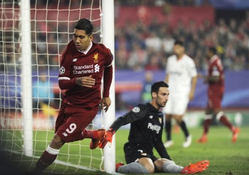 El Liverpool se fue al descanso con la victoria de 3 goles a cero. Sin embargo, en el segundo tiempo, el Sevilla empató el encuentro. (Foto: AFP)