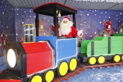Santa Claus te espera para que te tomes la fotografía navideña con tus amigos o familia. (Foto: Fredy Hernández/Soy502)