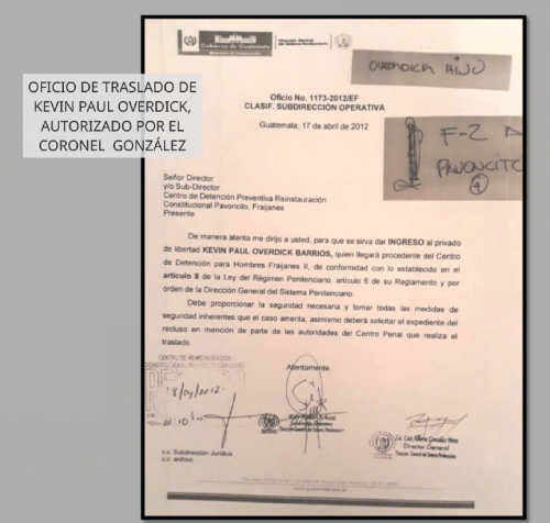 El oficio firmado por el director de Presidios en 2012, Luis Gonzáles, solicitando el traslado del reo Kevin Overdick de la cárcel Fraijanes II hacia Pavoncito. (Foto: MP).