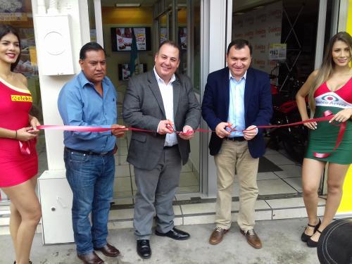 Inauguración de la nueva tienda Elektra Móvil  Chimaltenango. (Foto: Cortesía Elektra)