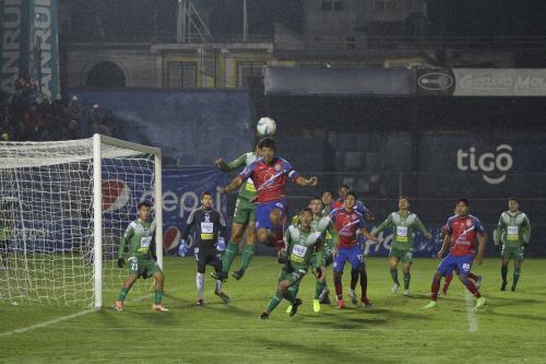 Xela venció de local a Suchitepéquez 4 goles a 1 y es el nuevo líder de la tabla. (Foto: Nuestro Diario)