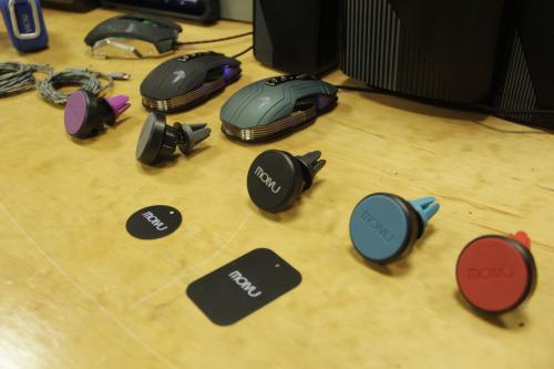 Molvu ha crecido y ha creado diversas líneas de accesorios de uso cotidiano para los electrónicos. (Foto: Fredy Hernández/Soy502)
