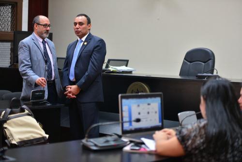 El abogado del difunto capitán Byron Lima, Moisés Galindo, fue detenido. (Foto: Wilder López/Archivo Soy502).