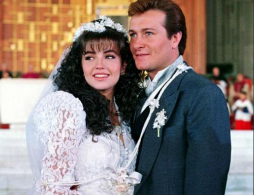En la historia, una joven de escasos recursos se casa con un millonario. (Foto: Televisa)