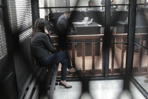"""""""La Patrona"""" se quejó por el dolor desde que ingresó a la sala de audiencias. (Foto: Alejandro Balán/Soy502)"""