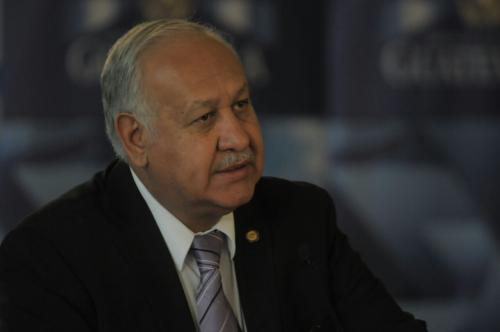 El ministro Aldo García pidió que la presa de paquetería se elimine cuando Correos empiece a operar con sus trabajadores. (Foto: Alejandro Balán/Soy502)
