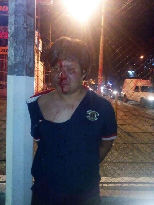 Capturan al presunto responsable de atropellar a una agente de la PMT que intentó huir y fue retenido y golpeado por vecinos del lugar. (Foto: Comunicación Mixco)