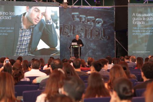 """""""El futuro de la publicidad en video"""", conferencia impartida por Tourtel y una de las más aplaudidas. (Foto: Víctor Xiloj/Soy502)"""