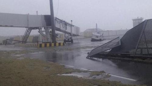 La terminal aérea quedó destruída tras el paso del huracán Irma. (Foto: www.infobae.com)