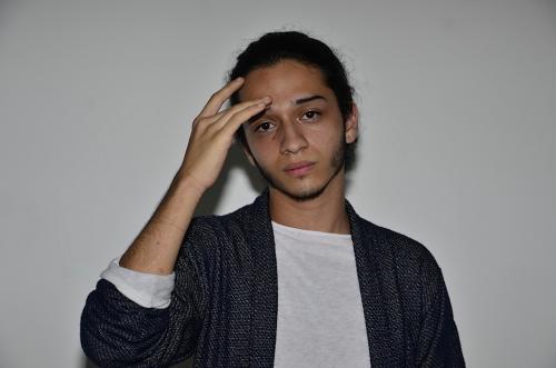 Gabriel Fuentes escribe música desde los 15 años. (Foto: Selene Mejía/Soy502)