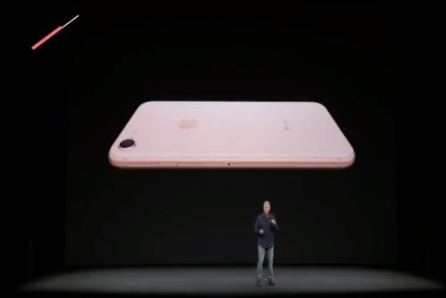 El iPhone 8 saldrá al mercado en dos versiones.