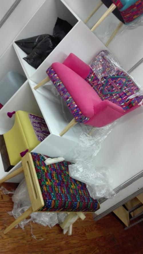 Muebles elaborados con tejidos típicos también son parte de la exhibición que inicia este martes 19 de septiembre. (Foto: Agexport)
