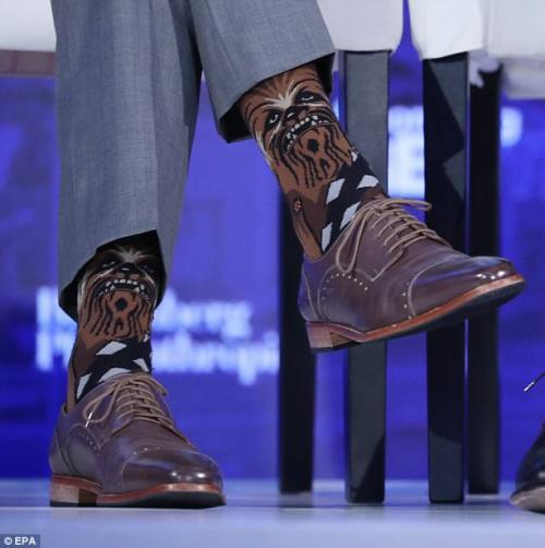 Chewbacca es el personaje que acompañó al mandatario en sus calcetines. (Foto: Daily Mail)