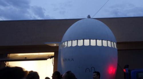Antes de estar en el LACMA, el Numu dio una vuelta por Los Ángeles. (Foto: Los Angeles Times)