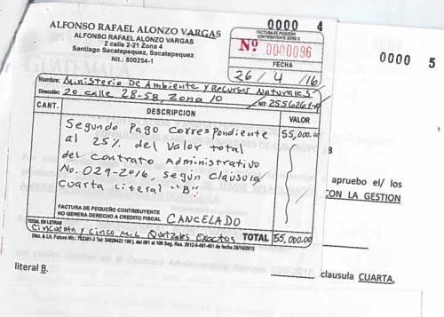 Factura registrada en el contrato. (Foto: Guatecompras)