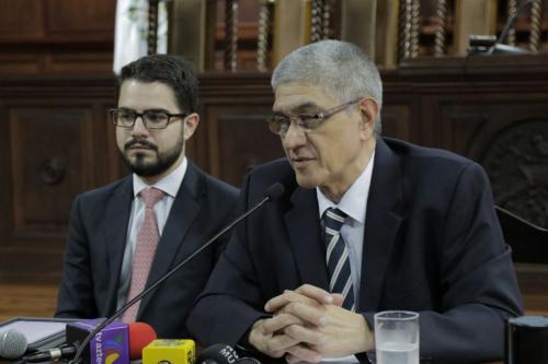 El Secretario General de la Corte de Constitucionalidad dijo que la decisión del pleno fue unánime. (Foto: Alejandro Balán/Soy502)