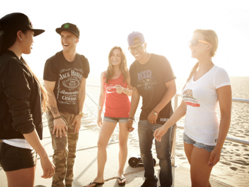 Los jóvenes disfrutan más del aire libre. (Foto: Visual Culture Blog)