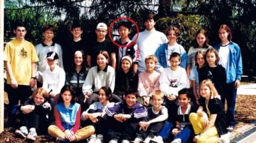 Kim Jong Un junto a sus compañeros del International School of Berne. (Foto: www.infobae.com)