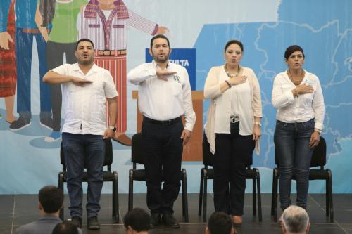 El ministro participó en todas las actividades de la gira sobre la Consulta Popular. (Foto: Gobierno)